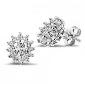 Jewelry - 3.20 Ct oval and round cut diamonds lady studs ear